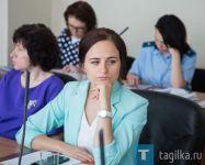 Тагильские депутаты снова сдали декларации с ошибками. В их числе Мария Лисина, которая в прошлом году указала нулевой доход, имея несколько бизнесов