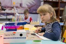 В Свердловской области ввели обязательные сертификаты на кружки и секции для детей. Что они дадут кроме заморочек для родителей