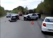 Неподалёку от Евстюнихи Лада Веста не пропустила Peugeot – пострадала женщина