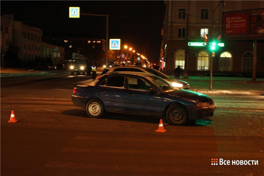 снова таксист сбил пешехода 9 марта владивосток Его расспрашивают