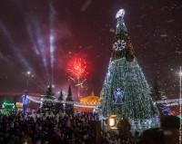 Сегодня состоится открытие главной елки города