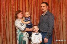 «Они уже не вернутся в Россию». Почему семью Миши Гулина, на лечение которого собирал весь Нижний Тагил, обвиняют в расточительстве денег благотворителей в Майами
