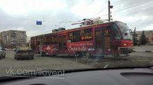 Второй раз за две недели: в Нижнем Тагиле с рельсов сошёл трамвай (фото)