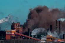 НТМК каждый месяц рапортует о снижении выбросов в атмосферу, а по факту Росприроднадзор отобрал у предприятия разрешение на выброс загрязняющих веществ. О чем молчат городские СМИ