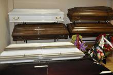 Гроб б/у: жительница Нижнего Тагила обвиняет ритуальную фирму в подмене товара