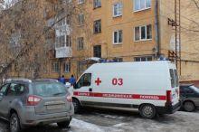 Кирпич упал с крыши на четырёхлетнюю тагильчанку. Ребёнок в реанимации