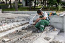 Пинаев хвалится началом ремонта фонтана после нескольких лет судов. Однако мировое соглашение было заключено на сомнительных условиях