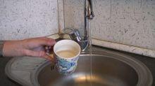 Роспотребнадзор назвал безопасной вонючую горячую воду на Вагонке