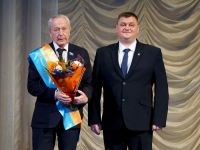 Депутат Заксобрания от Нижнего Тагила Вячеслав Погудин стал почётным гражданином Пригорода (фото)