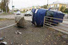 На Вагонке в результате ДТП дорожный знак упал на пешехода (фото)