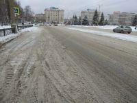 В случаев снегопадов мэрия Нижнего Тагила обещала вывести 40 единиц спецтехники. Дороги в каше, технику никто не видел