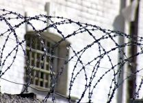 Мужчина, похитивший у тагильчанки валенки, кирку и сумку, получил 1 год 2 месяца колонии