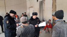 Капремонт школы №56 за 127 млн рублей делают мигранты без документов. Подрядчиком является ЗАО «Стройкомплекс» (видео)