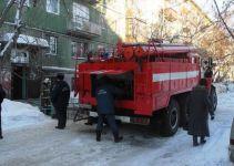 «Вывел 20 человек». Полицейский спас жильцов горевшей пятиэтажки на Газетной