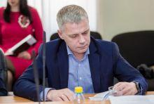 Депутат Кручинин из команды Носова уволился из муниципальных тепловых сетей с компенсацией в полмиллиона. Сам МУП в банкротстве