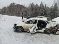 На Серовском тракте в массовой аварии погибла женщина (фото)
