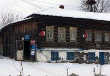 В отделениях Почты России начали продавать пиво, упор делается на деревни и посёлки. Такой шаг объясняют заботой о населении