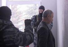 ФСБ провела обыски в офисе «врио главы Нижнего Тагила и министра внутренних дел СССР». В это время он проводил совещание с «президентом», «главой КГБ» и «главой управления кадров» (видео)