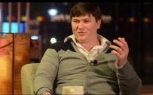 Конфликт между компанией «Уралстроймонтаж» и Никитой Чапуриным набирает новые обороты. Общественник обвинил подрядчика в неумении строить дороги