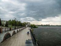 Порывы ветра до 25 метров в секунду: свердловское МЧС выпустило штормовое предупреждение