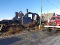 Использовал обогреватель с открытой спиралью: в пожаре под Нижним Тагилом погиб 57-летний мужчина