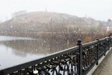 Синоптики предупреждают тагильчан о сильных порывах ветра и осадках в виде мокрого снега с дождём