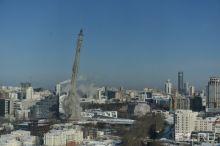 В Екатеринбурге взорвали недостроенную телебашню. Есть пострадавшие (фото, видео)