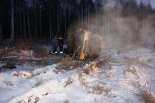 Под Нижним Тагилом столкнулись маршрутка и ВАЗ-2114. Была опасность взрыва из-за разгерметизации газовых баллонов (фото) - обновлено