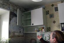 Тагильчане успешно судятся с управляющей компанией: во время урагана у дома сорвало крышу и затопило квартиры