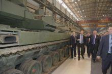 Рогозин назвал «идиотом» украинского блогера, раскритиковавшего «ржавый» танк «Армата» (фото)