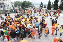 Оранжевые мамы, оранжевые папы, оранжевые дети…  В Нижнем Тагиле прошёл первый Фестиваль рыжих (фото)