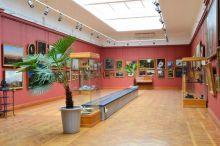 «Не хватает средств, оборудования и сотрудников». У музеев могут отобрать экспонаты, если их не успеют их оцифровать