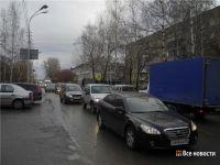 Выя встала в пробках после закрытия перекрёстка Фрунзе-Космонавтов (фото)