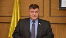 Вместо ремонта дорог администрация пригорода купила комфортный кроссовер за 1,7 млн рублей. В Волгограде и не у официального дилера
